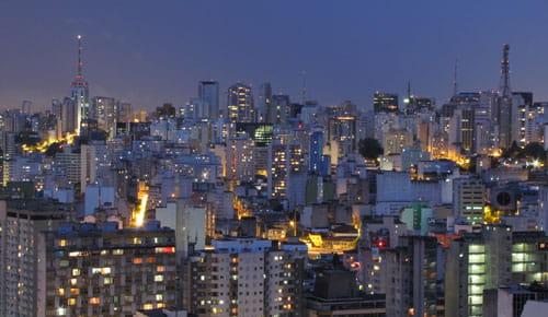 carreto-sp-cidade-noite